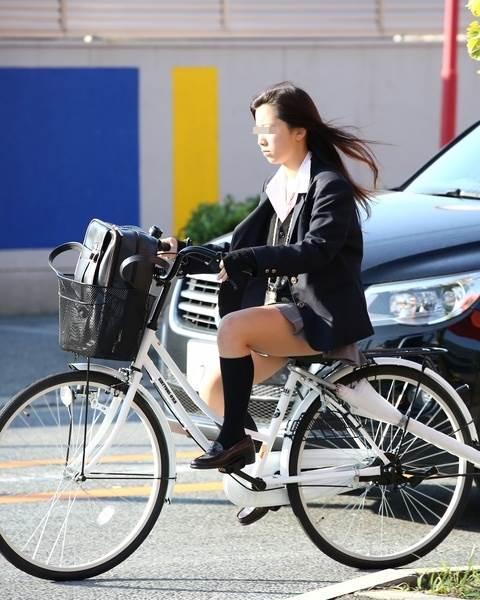 JK_自転車_街撮り_盗撮_エロ画像12