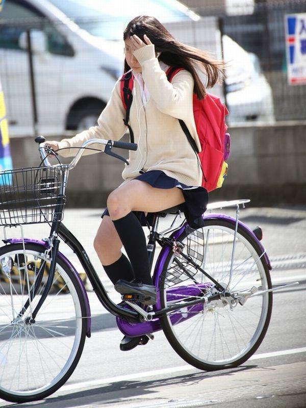 JK_自転車_街撮り_盗撮_エロ画像14