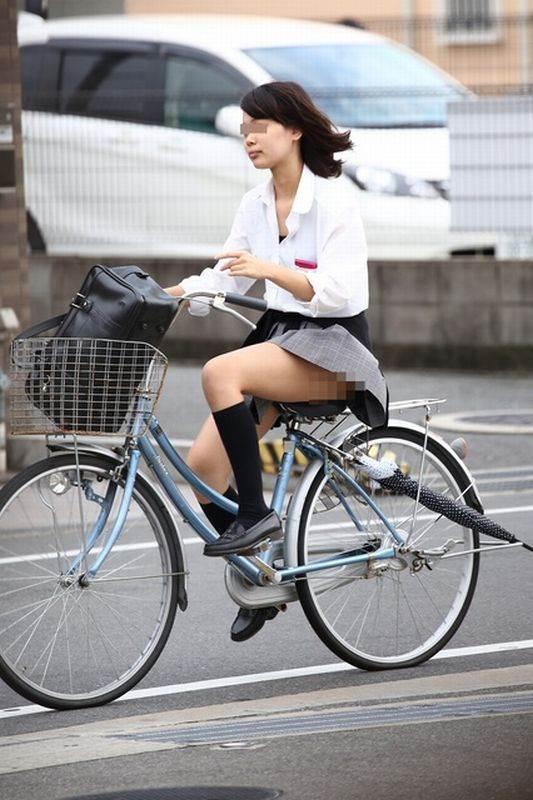 JK_自転車_街撮り_盗撮_エロ画像16