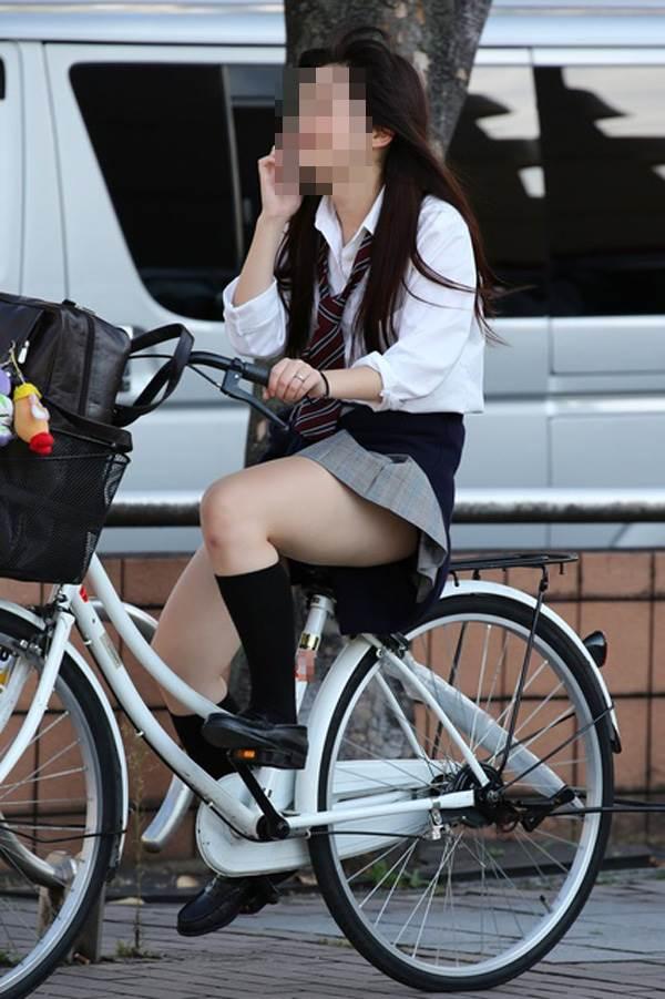 JK_自転車_街撮り_盗撮_エロ画像17