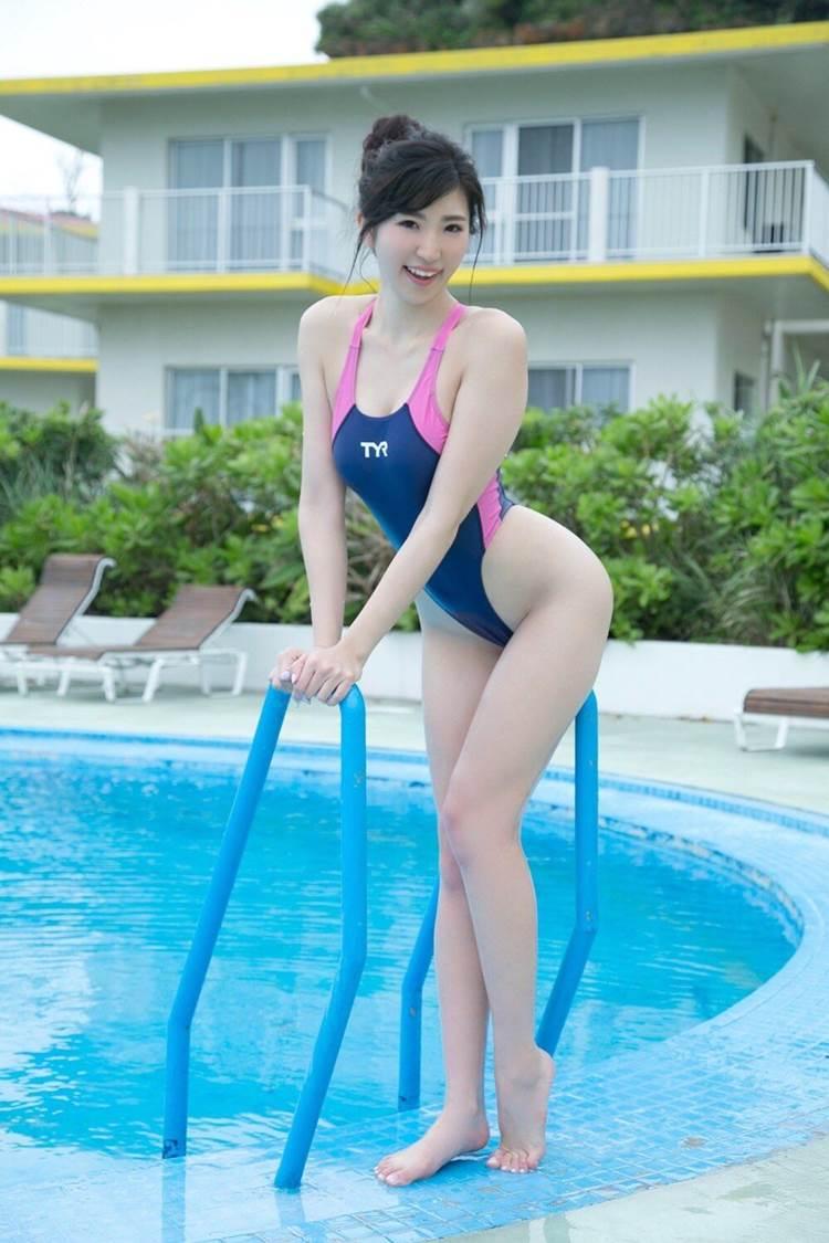 競泳水着_食い込み_エロ画像06