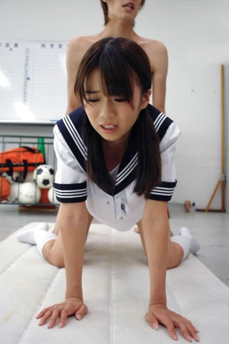 JK_着衣セックス_学校_教室_エロ画像20