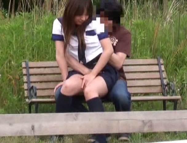 JK_青姦_盗撮_エロ画像05