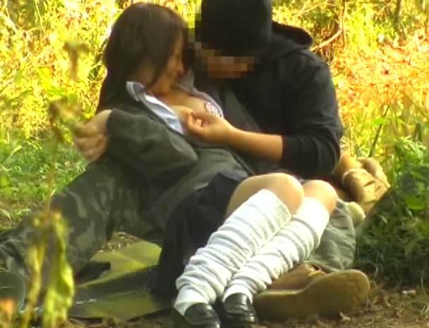 JK_青姦_盗撮_エロ画像11