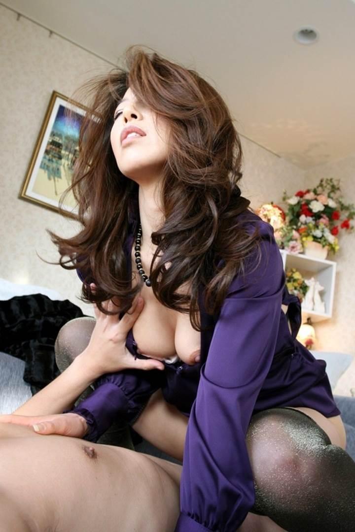 巨乳_着衣セックス_エロ画像14