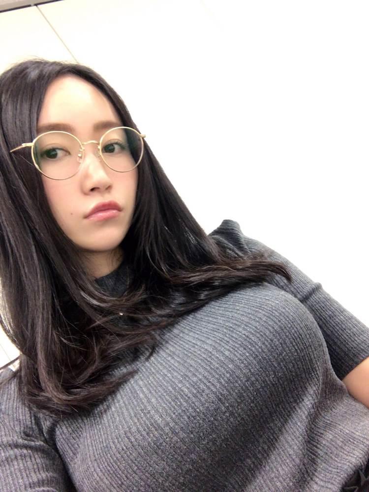 ニットセーター_着衣巨乳_エロ画像12