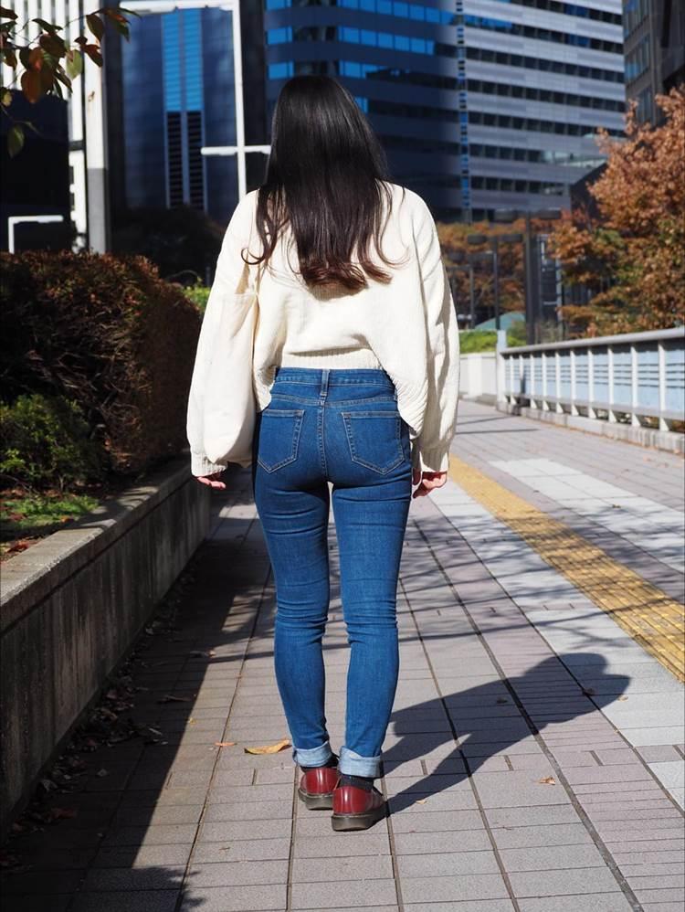 スキニー_ピチピチジーンズ_街撮り盗撮_エロ画像01