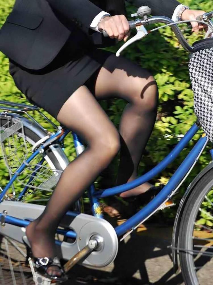 OL_スーツ_自転車_盗撮_エロ画像03