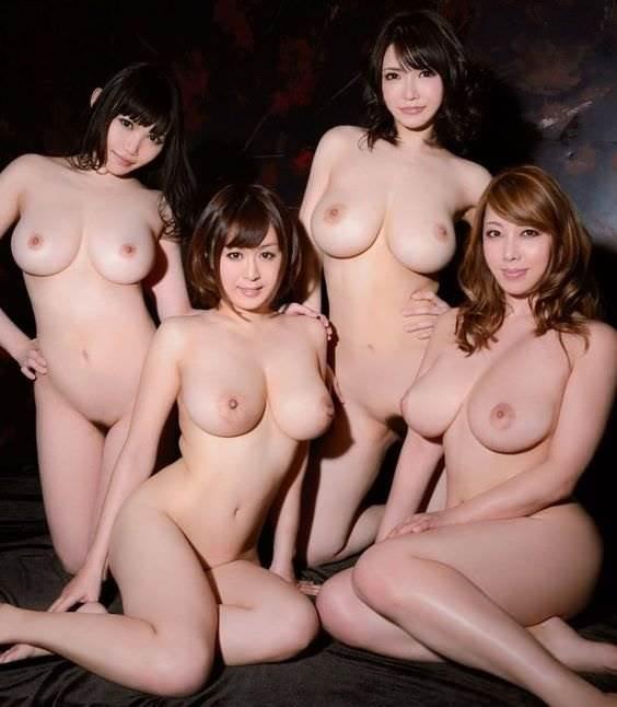 複数_巨乳_おっぱい_エロ画像07