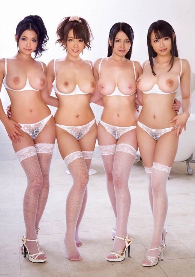 複数_巨乳_おっぱい_エロ画像09