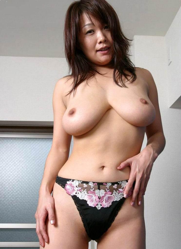 熟女_巨乳_エロ画像10
