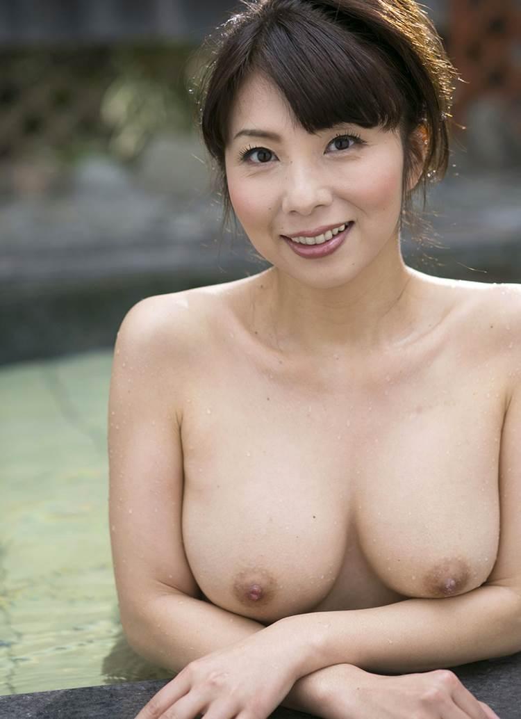 熟女_巨乳_エロ画像16