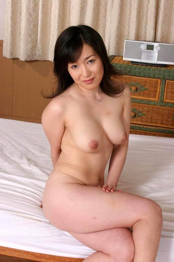 熟女_巨乳_エロ画像19