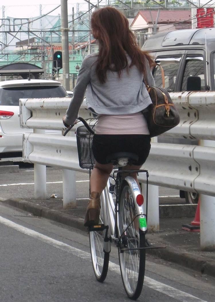 自転車_尻_盗撮_街撮り_エロ画像09