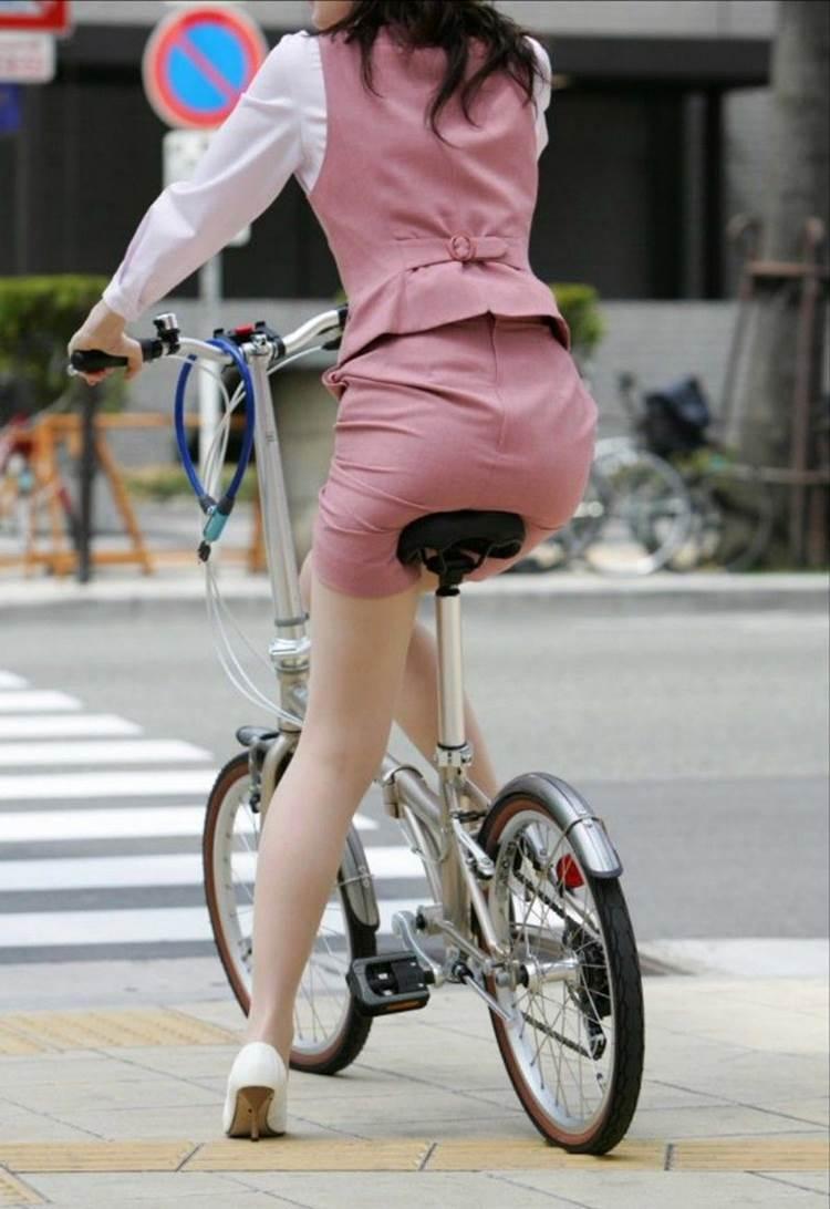 自転車_尻_盗撮_街撮り_エロ画像13