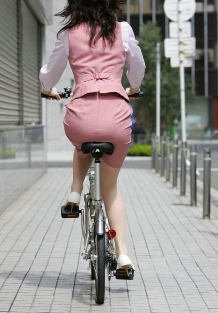 自転車_尻_盗撮_街撮り_エロ画像14