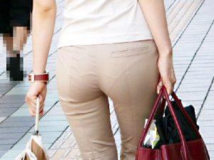 【ベージュパンツ街撮り盗撮エロ画像】白やベージュのパンティラインが出てしまうOLたちをビジネス街で隠し撮りww