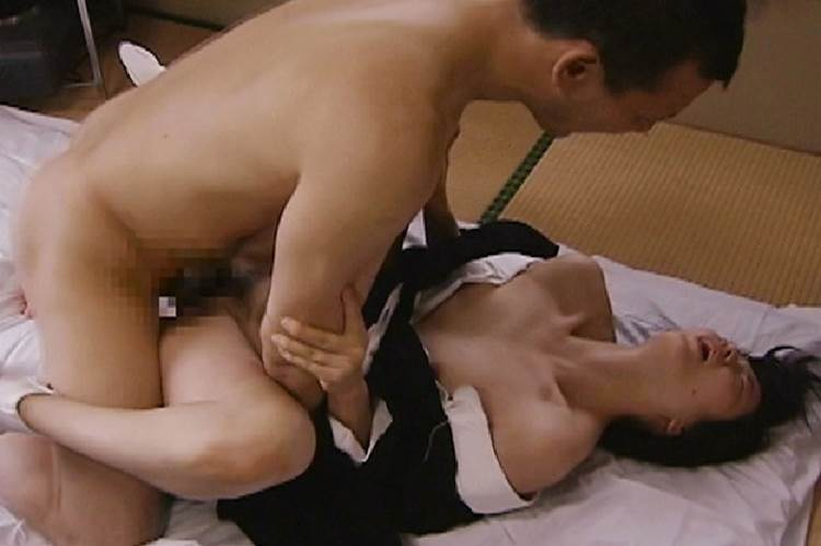 喪服_着衣セックス_エロ画像04