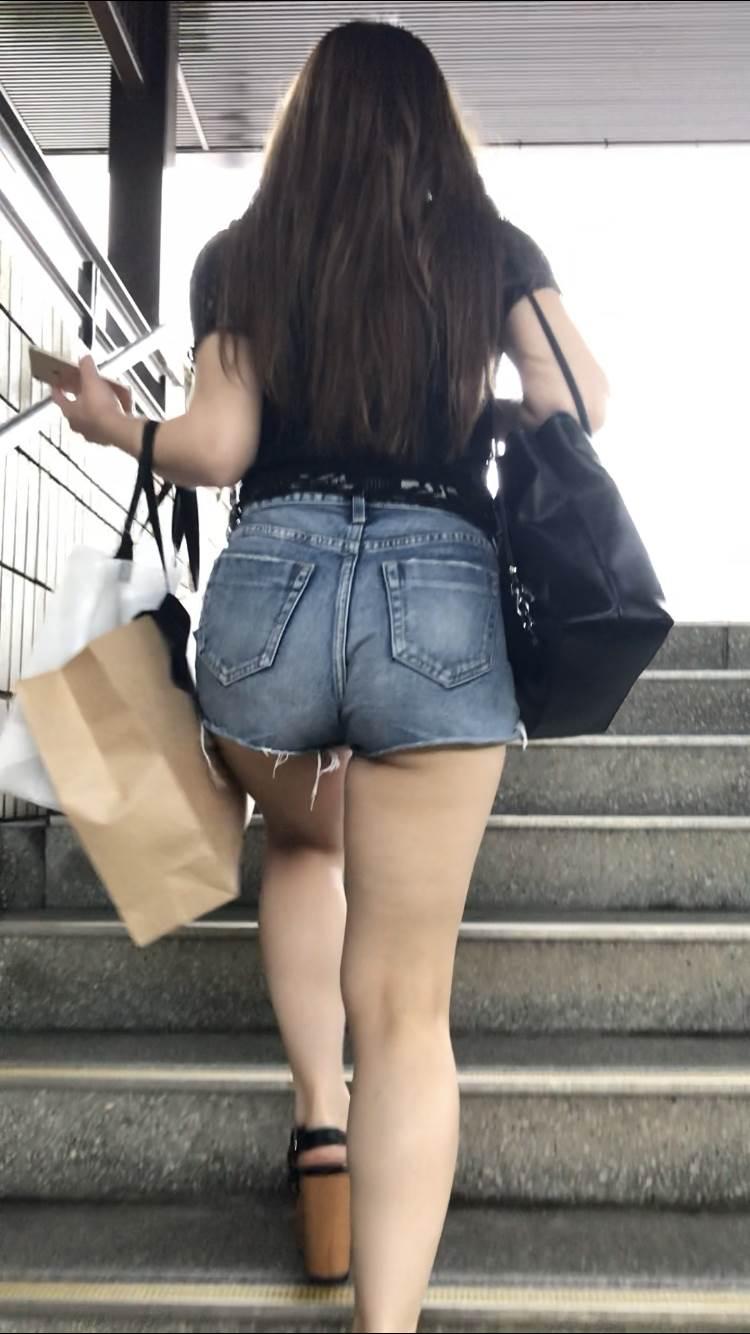 デニム_ホットパンツ_街撮り盗撮_エロ画像20